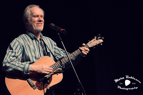 Loudon Wainwright III by Cleveland music photographer Mara Robinson