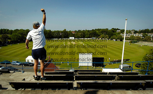 SNCL - Grange CC v Greenock CC at Raeburn Place, Edinburgh - celebration from on high... atop the Grange clubhouse as wickets fall... Picture by Donald MacLeod 10.6.06