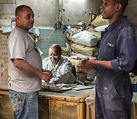 Workers preparing for their day, La Habana Vieja