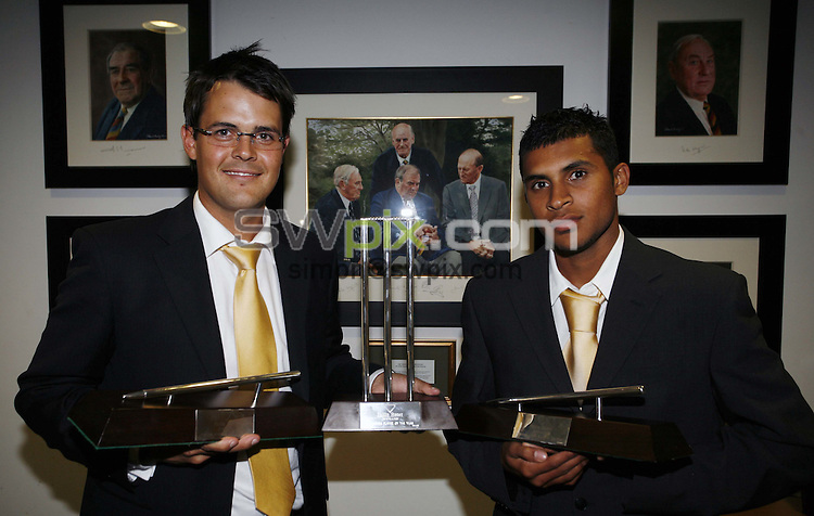 Pix: Simon Wilkinson/SWpix.com. Yorkshire County Cricket end of season dinner at Headingley Carnegie. 26/09/07..copyright picture>>simon wilkinson>>07811267706>>..Award winners....Player of the year and Players player of the year Jacques Rudolph pictured with young player of the year Adil Rashid, pictured with there awards at Headingley last night.