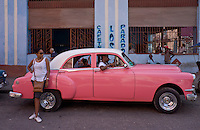 pink street Taxi