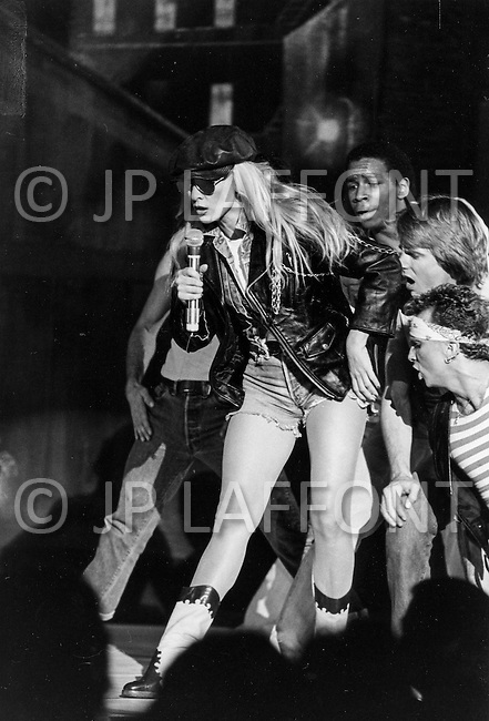 Las Vegas, Nevada, USA, December, 1982 - French Singer Sylvie Vartan performs at the MGM Hotel. She was accompanied by her mother, her son David, her brother Eddie, and her new love Tony Scotti.