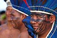 IV Jogos Tradicionais  Indígenas do Pará.<br /> <br /> Wai Wai.<br /> <br /> Quinza etnias participam dos  IV Jogos Indígenas, iniciados neste na íntima sexta feira. Aikewara (de São Domingos do Capim), Araweté (de Altamira), Assurini do Tocantins (de Tucuruí), Assurini do Xingu (de Altamira), Gavião Kiykatejê (de Bom Jesus do Tocantins), Gavião Parkatejê (de Bom Jesus do Tocantins), Guarani (de Jacundá), Kayapó (de Tucumã), Munduruku (de Jacareacanga), Parakanã (de Altamira), Tembé (de Paragominas), Xikrin (de Ourilândia do Norte), Wai Wai (de Oriximiná). Participam ainda as etnias convidadas - Pataxó (da Bahia) e Xerente (do Tocantins).<br /> Mais de 3 mil pessoas lotaram as arquibancadas da arena de competição.<br /> Praia de Marudá, Marapanim, Pará, Brasil.<br /> Foto Paulo Santos<br /> 76/09/2014