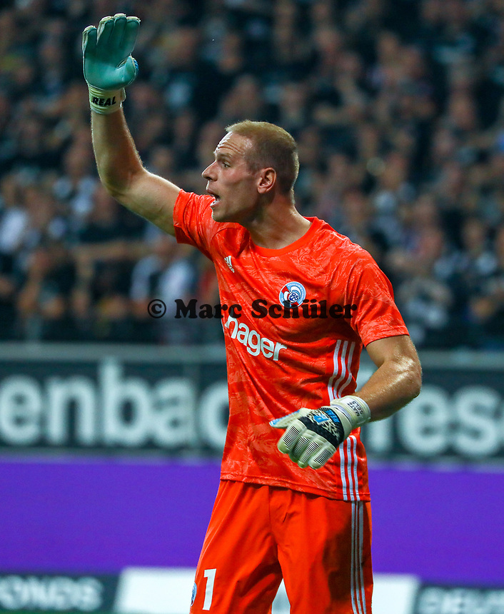 Torwart Matz Sels (Racing Club de Strasbourg Alsace) - 29.08.2019: Eintracht Frankfurt vs. Racing Straßburg, UEFA Europa League, Qualifikation, Commerzbank Arena<br /> DISCLAIMER: DFL regulations prohibit any use of photographs as image sequences and/or quasi-video.