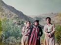 Iraq 1984   .Soheila Ghassemlou with the mother and the brother of a peshmerga at the headquarter of Nou Shirwan Mustafa.Irak 1984.Soheila Ghassemlou avec la mere et le frere d'un peshmerga de l'UPK  au quatrtier general de Nou Shirwan Mustafa