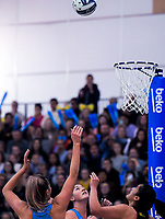 Te Paea Selby-Rickit shoots the winning goal during the ANZ Premiership netball grand final between the Central Pulse and Southern Steel at Arena Manawatu in Palmerston North, New Zealand on Sunday, 12 August 2018. Photo: Dave Lintott / lintottphoto.co.nz