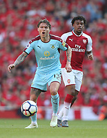 Burnley's Jeff Hendrick<br /> <br /> Photographer Rob Newell/CameraSport<br /> <br /> The Premier League - Arsenal v Burnley - Sunday 6th May 2018 - The Emirates - London<br /> <br /> World Copyright &not;&copy; 2018 CameraSport. All rights reserved. 43 Linden Ave. Countesthorpe. Leicester. England. LE8 5PG - Tel: +44 (0) 116 277 4147 - admin@camerasport.com - www.camerasport.com