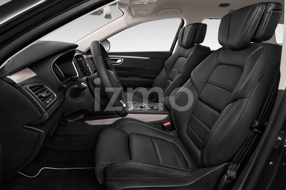 Front seat view of 2016 Renault Talisman Initiale-Paris 5 Door Wagon Front Seat  car photos
