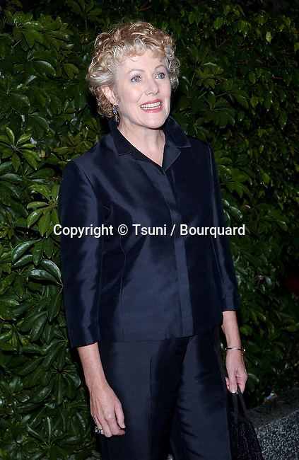 Lynn Redgrave arriving at the Norby's Walters 21th Annual Pre-Holiday Christmas Party at the Friars Club in Los Angeles. November 24, 2002.           -            RedgraveLynn42.jpg