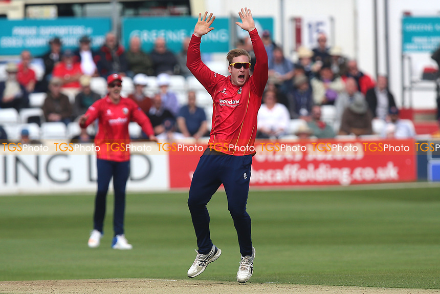 Simon Harmer of Essex with an appeal for a wicket during Essex Eagles vs Middlesex, Royal London One-Day Cup Cricket at The Cloudfm County Ground on 12th May 2017