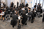 College student fill job application forms at a job fair held in Tokyo. 16 December, 2009. (Taro Fujimoto/JapanToday/Nippon News)