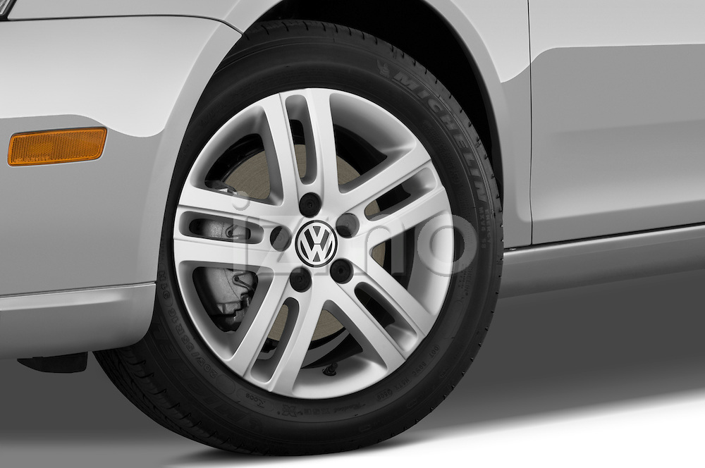 Tire and wheel close up detail view of a 2009 Volkswagen Jetta TDI