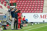 Leandro Barreiro Martins (FSV Mainz 05 #35) kommt für Danny Latza (FSV Mainz 05 #06)<br /> <br /> <br /> Sport: nphgm001: Fussball: 1. Bundesliga: Saison 19/20: 33. Spieltag: 1. FSV Mainz 05 vs SV Werder Bremen 20.06.2020<br /> <br /> Foto: gumzmedia/nordphoto/POOL <br /> <br /> DFL regulations prohibit any use of photographs as image sequences and/or quasi-video.<br /> EDITORIAL USE ONLY<br /> National and international News-Agencies OUT.