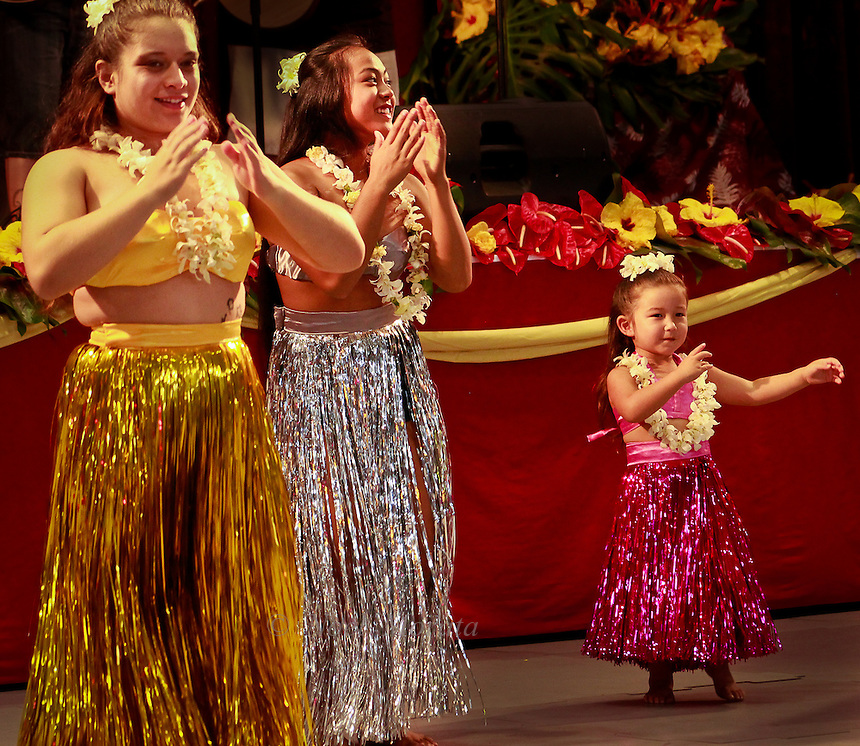 Hula performance at the Big Island Music Festival 2012,