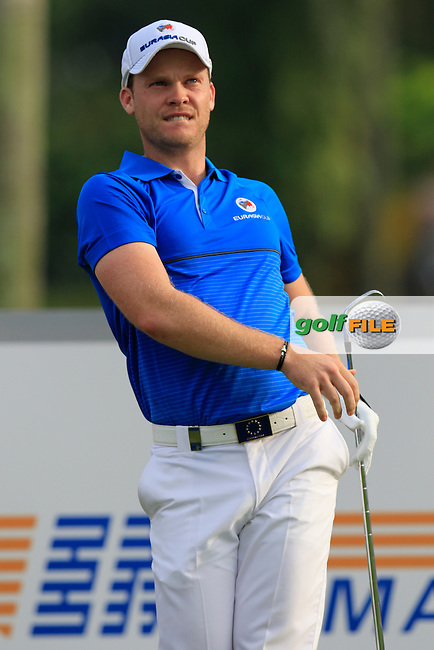 Danny Willett (ENG) Team Europe tees off the par3 2nd tee during Match 1 of Friday's Fourball Matches of the 2016 Eurasia Cup presented by DRB-HICOM, held at the Glenmarie Golf &amp; Country Club, Kuala Lumpur, Malaysia. 15th January 2016.<br /> Picture: Eoin Clarke | Golffile<br /> <br /> <br /> <br /> All photos usage must carry mandatory copyright credit (&copy; Golffile | Eoin Clarke)