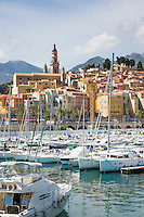 FrankrFrance, Provence-Alpes-Côte d'Azur, Menton: the harbour and old town with cathedral Saint Michel | eich, Provence-Alpes-Côte d'Azur, Menton: Hafen und Altstadt mit der Kathedrale Saint Michel