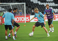 Football - Spain Training - Donbass Arena, Donetsk, Ukraine - 22/6/12..Spain's Fernando Torres (R) with Alvaro Arbeloa (L) during training..Mandatory Credit: Action Images / Henry Browne..Livepic