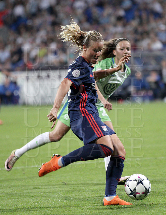 Football, Uefa Women's Champions League Final, VfL Wolfsburg - Olympique Lyonnais, Valeriy Lobanovskyi Stadium in Kiev on May 24, 2018.<br /> Olympique Lyonnais' Amandine Henry is going to score during the Uefa Women's Champions League Final between  VfL Wolfsburg and Olympique Lyonnais, at the Valeriy Lobanovskyi Stadium in Kiev, on May 24, 2018.<br /> UPDATE IMAGES PRESS/Isabella Bonotto