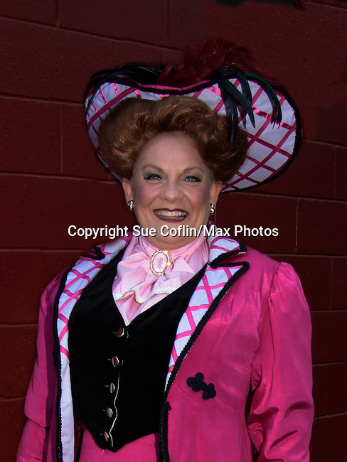 0004 Kim Zimmer - Dolly Gallagher Levi.jpg  sc 1 st  Sue Coflin/Max Photos - PhotoShelter & Guiding Lightu0027s Kim Zimmer stars in Hello Dolly as u0026quot;Dolly ...