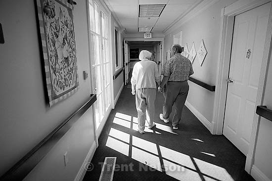 Steve Nelson visiting his mother, Betty Rae Watts, at her nursing home.<br />