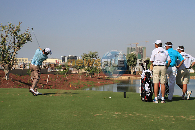 Rory McIlroy tees off on the par 3 6th hole during the opening round of Day 1 at the Dubai World Championship Golf in Jumeirah, Earth Course, Golf Estates, Dubai  UAE, 19th November 2009 (Photo by Eoin Clarke/GOLFFILE)