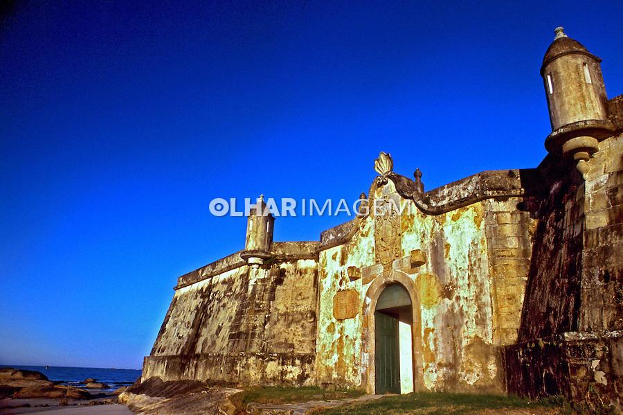 Forte na Ilha do Mel, Paraná. 2000. Foto de Renata Mello.