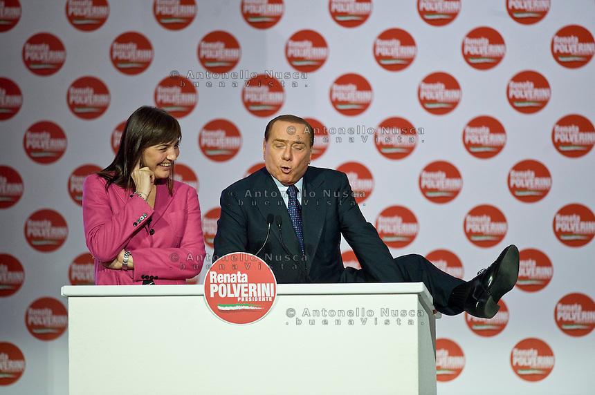 Roma, 26 Marzo, 2010. Silvio Berlusconi con Renata Polverini durante il suo show alla Chiusura della campagna elettorale per le elezioni regionali.