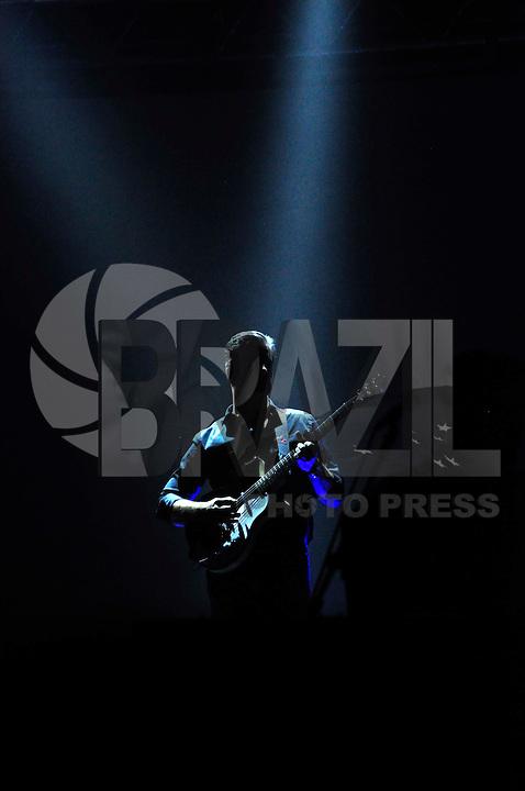 SÃO PAULO, SP 13.11.2015 - SHOW-SP - Apresentação da dupla sertaneja Victor e Léo no Citibank Hall, na noite desta sexta-feira (13). (Foto : Renato Gizzi/Brazil Photo Press)
