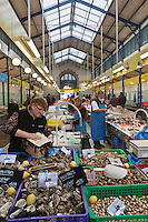 Europe/France/Bretagne/56/Morbihan/Vannes: La Halle aux poissons, Place de la Poissonnerie - Banc de coquillages