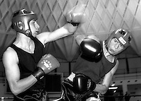 Roma  11 Dicembre 1997.Incontro  di boxe dilettanti.Pizzi ( F. Fitness) vs Maruzelli (Ostia)