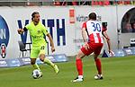 22.05.2020, Voith-Arena, Heidenheim, GER, 2.FBL, 1.FC Heidenheim vs Wehen-Wiesbaden 22.05.2020 , <br />Nur für journalistische Zwecke!<br /><br />Gemäß den Vorgaben der DFL Deutsche Fußball Liga ist es untersagt, in dem Stadion und/oder vom Spiel angefertigte Fotoaufnahmen in Form von Sequenzbildern und/oder videoähnlichen Fotostrecken zu verwerten bzw. verwerten zu lassen. <br /><br />Only for editorial use! <br /><br />DFL regulations prohibit any use of photographs as image sequences and/or quasi-video..<br />im Bild<br />Stefan Aigner (Wehen-Wiesbaden), Norman Theuerkauf (Heidenheim)<br /> <br /> Foto: Rodzinski/Wehen-Wiesbaden / via Bratic / nordphoto