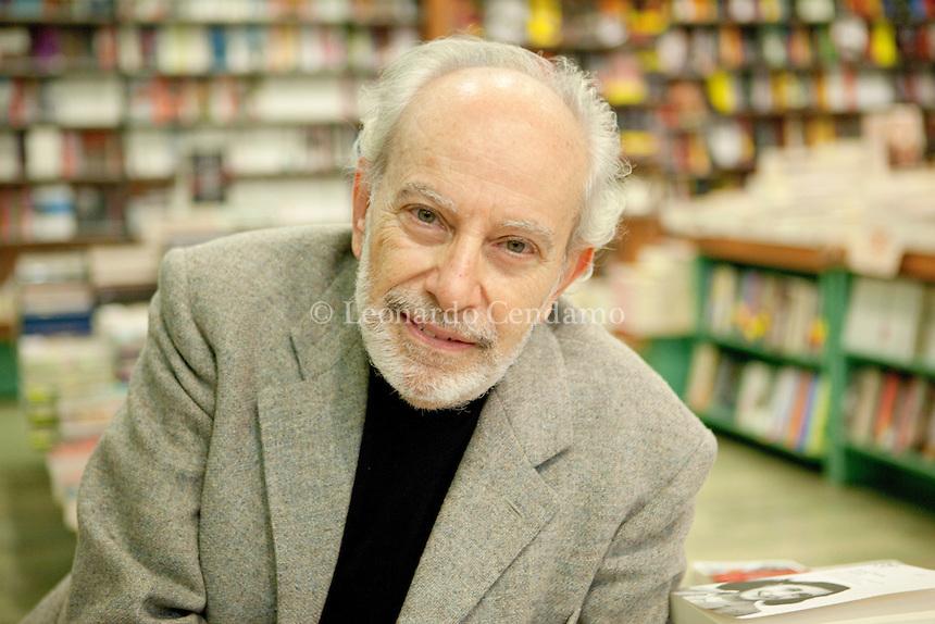 Miro Silvera, italian writer, lives in Milan, gennaio 2013. © Leonardo Cendamo