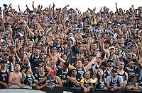SÃO PAULO, SP, 05 DE MAIO DE 2013 - CAMPEONATO PAULISTA - SÃO PAULO x CORINTHIANS: Torcida do Corinthians durante partida São Paulo x Corinthians, válida pela semifinal do Campeonato Paulista de 2013, disputada no estádio do Morumbi em São Paulo. FOTO: LEVI BIANCO - BRAZIL PHOTO PRESS.