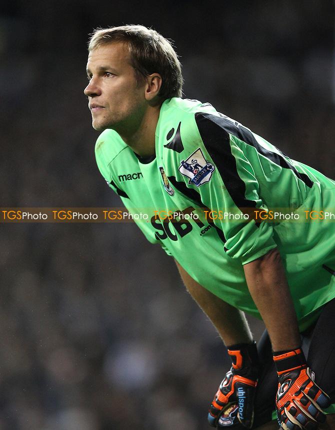Jussi Jaaskelainen of West Ham - Tottenham Hotspur vs West Ham Utd, Barclays Premier League at White Hart Lane, Tottenham - 25/11/12 - MANDATORY CREDIT: Rob Newell/TGSPHOTO - Self billing applies where appropriate - 0845 094 6026 - contact@tgsphoto.co.uk - NO UNPAID USE.