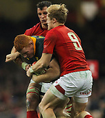 2nd December 2017, Principality Stadium, Cardiff, Wales; Autumn International Rugby Series, Wales versus South Africa; Steven Kitshoff of South Africa is tackled by Aled Davies of Wales