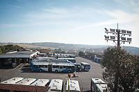 CAMPINAS, SP, 24.05.2018: COMBUSTIVEL-SP - Patio da empresa de onibus de transporte publico de Campinas, interior de São Paulo. A empresa  trabalha em sistema contingenciamento manhã desta quinta-feira (24) devido a falta de combustivel. (Foto: Luciano Claudino/Código19)