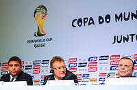 RIO DE JANEIRO, RJ, 30 AGOSTO 2012-FIFA-ENTREVISTA COLETIVA- Ronaldo, membro do COL, o secretário-geral da FIFA, Jerome Valcke, e Jose Maria Marin, Presidente do COL, na entrevista coletiva realizada pelo Comitê Organizador Local (COL) da Copa do Mundo da FIFA 2014, posterior à reunião de Diretoria do COL, no dia 30 de agosto de 2012, no Rio de Janeiro, no Hotel Windsor, na Barra da Tijuca, zona oeste do Rio de Janeiro.(FOTO:MARCELO FONSECA/BRAZIL PHOTO PRESS).
