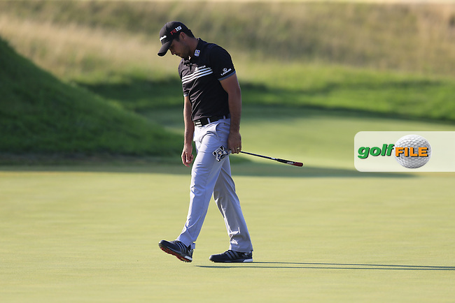 Jason DAY (AUS) misses his birdie putt on the 17th green during Sunday's Final Round of the 97th US PGA Championship 2015 held at Whistling Straits, Mosel, Kohler, Wisconsin, United States of America. 16/08/2015.<br /> Picture Eoin Clarke, www.golffile.ie