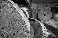 Cutrofiano (Le) - Cantine Aperte 2010 - Masseria L'Astore - Frantoio ipogeo utilizzato in passato per la premitura delle olive.