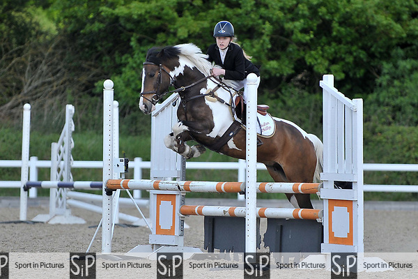 Class 2. British novice. British Showjumping (BS) Juniors. Brook Farm training centre. Stapleford Abbotts. Essex. 14/05/2017. MANDATORY Credit Garry Bowden/Sportinpictures - NO UNAUTHORISED USE - 07837 394578