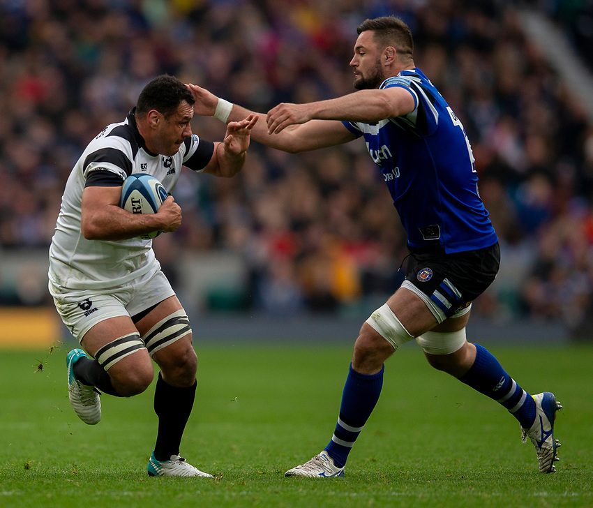 Bristol Bears' George Smith evades the tackle of Bath Rugby's Elliott Stooke<br /> <br /> Photographer Bob Bradford/CameraSport<br /> <br /> Gallagher Premiership - Bath Rugby v Bristol Bears - Saturday 6th April 2019 - The Recreation Ground - Bath<br /> <br /> World Copyright © 2019 CameraSport. All rights reserved. 43 Linden Ave. Countesthorpe. Leicester. England. LE8 5PG - Tel: +44 (0) 116 277 4147 - admin@camerasport.com - www.camerasport.com