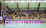 Stockholm 2014-10-22 Handboll Elitserien Hammarby IF - IK S&auml;vehof :  <br /> Vy &ouml;ver handbollsplanen i Eriksdalshallen med Hammarbys supportar p&aring; l&auml;ktaren under matchen mellan Hammarby IF och IK S&auml;vehof <br /> (Foto: Kenta J&ouml;nsson) Nyckelord:  Eriksdalshallen Hammarby HIF HeIF Bajen IK S&auml;vehof inomhus interi&ouml;r interior supporter fans publik supporters