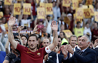 Calcio, Serie A: Roma, stadio Olimpico, 28 maggio 2017.<br /> AS Roma's president James Pallotta claps hands as Francesco Totti salutes his fans during a ceremony to celebrate his last match with AS Roma after the Italian Serie A football match between AS Roma and Genoa at Rome's Olympic stadium, May 28, 2017.<br /> Francesco Totti's final match with Roma after a 25-season career with his hometown club.<br /> UPDATE IMAGES PRESS/Isabella Bonotto