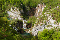 Veliki Slap, The Big Waterfall and walking trails, Plitvice Lakes NP, Croatia