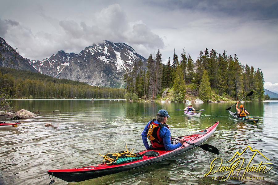 Sea kayakers, Leigh Lake in the Grand Tetons, Grand Teton National Park
