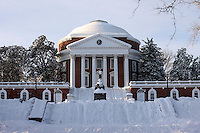 Snow at the rotunda at the University of Virginia.