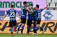 Alessandro Bastoni of FC Internazionale celebrates with Nicolo Barella , Roberto Gagliardini , Ashley Young and Lautaro Martinez after scoring the goal of 1-2 during the Serie A football match between Parma and FC Internazionale at stadio Ennio Tardini in Parma ( Italy ), June 28th, 2020. Play resumes behind closed doors following the outbreak of the coronavirus disease. <br /> Photo Andrea Staccioli / Insidefoto