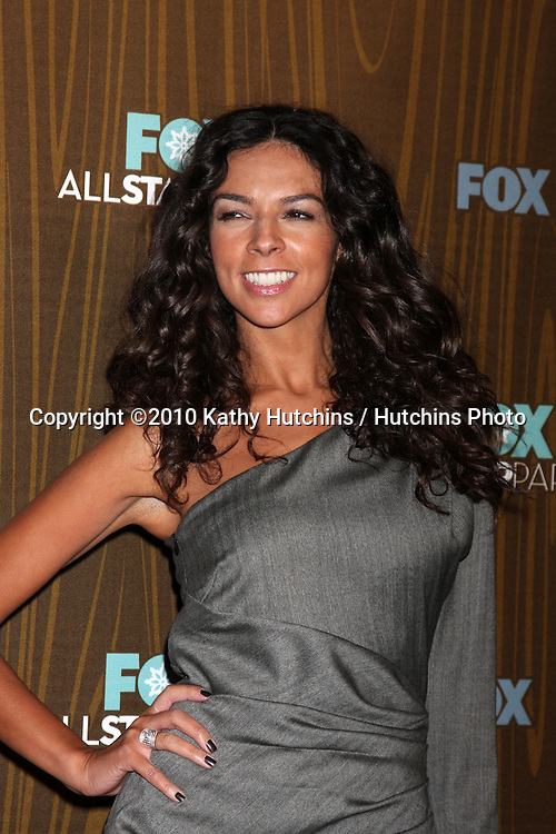 Terri Seymour.arriving at the 2010 Winter Fox TCA Party .Villa Sorisso Resturant.Pasadena, CA.January 11, 2010.©2010 Kathy Hutchins / Hutchins Photo....