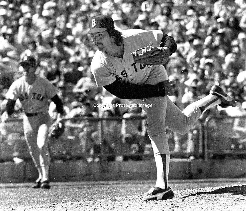 Boston Red Sox Dennis Eckersley..(1981 photo/Ron Riesterer)