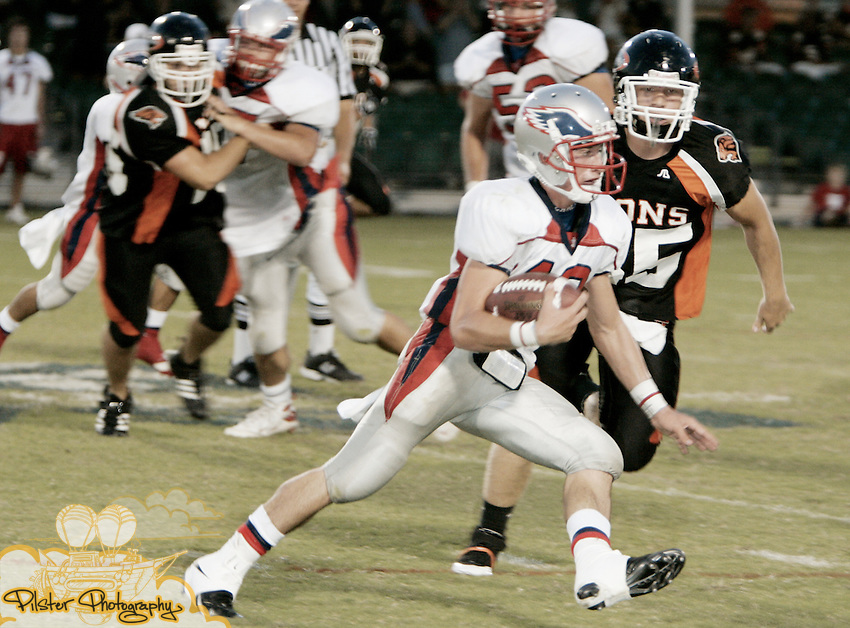 Friday, August 28 2008, during KSA Event's game of the week at Disney's Wide World of Sports in Orlando. Oviedo High School lost 0-17 to Heritage High School (Littleton, CO) in football. . (Chad Pilster, pilsterphotography.com)